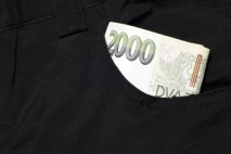 Nevíte si rady, kde sehnat peníze na vaše výdaje? Využijte nabídku soukromé půjčky. Soukromý investor vám půjčí vlastní peníze na směnku.