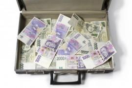 Jak získat půjčku až 100 tisíc korun? Máte velké výdaje a nevíte kam se obrátit? Půjčka 100.000 Kč bez rizika vyřeší vaše starosti snadno a rychle.