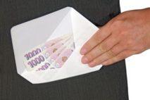 Některé nebankovní půjčky také umožňují výplatu peněz v hotovosti na ruku.
